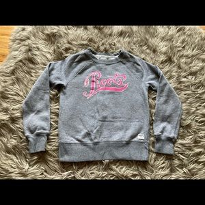 Roots light weight sweater